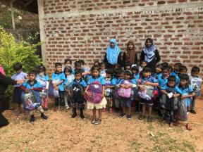 40 students start their journey in education at Vellaimanal preschool. They were delighted to receive their new school bags and uniforms.