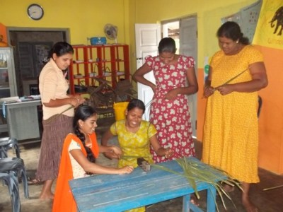 Ocean Stars Trust has started a womens weaving class in Palmeirah, Sri Lanka