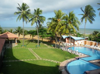Paradise Beach Hotel in Negombo