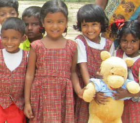 Children from Mahadeva Children's Home in Kiliochchi Sri Lanka